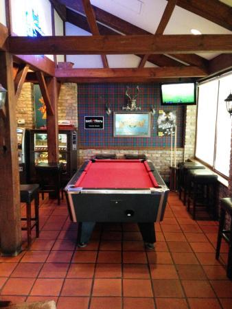Rose And Crown Tavern: Pool Table U0026 Dart Area