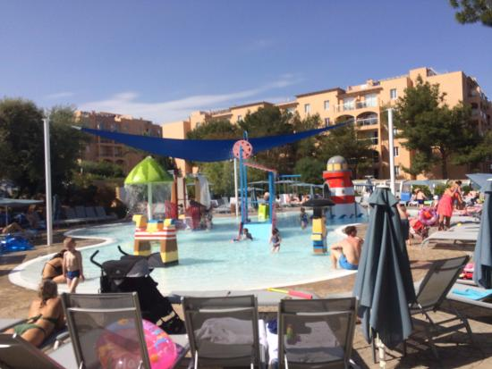 Holiday Village Majorca - Protur Monte Safari: Most sought after area for towel runners