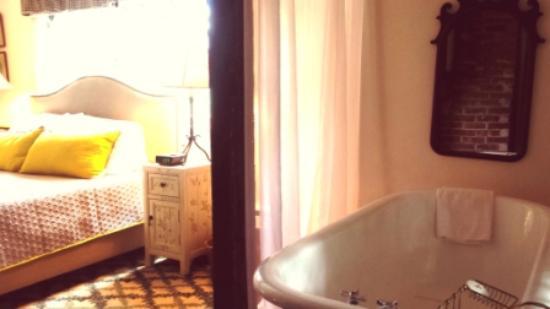 Cornwall, estado de Nueva York: Hambleton in room Bathtub