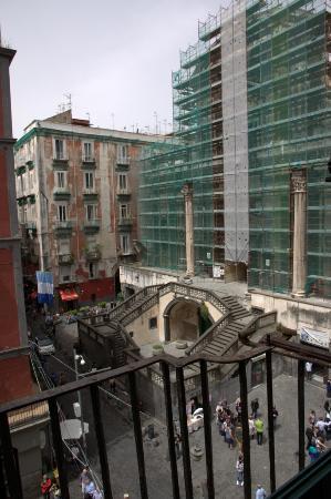 Domus Gemi B&B: View from room at Piazza San Gaetan & Basilica di San Paolo Maggiore