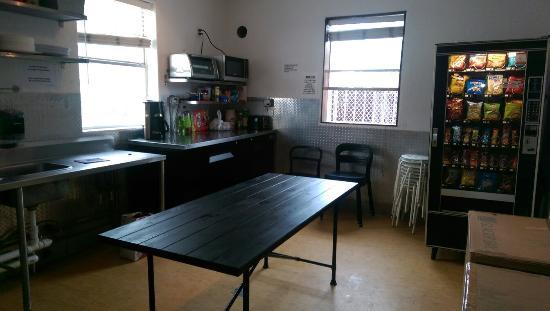 SoBe Hostel: IMAG1267_large.jpg