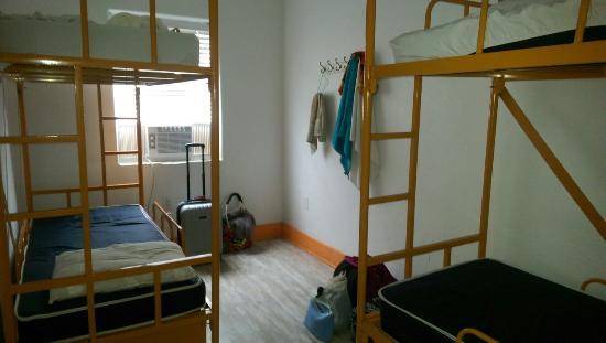 SoBe Hostel: IMAG1263_large.jpg