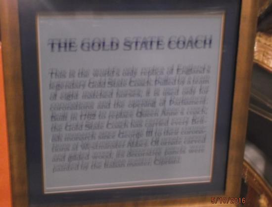 London Bridge Resort: Gold Stage Coach sign