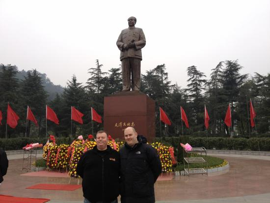 Shaoshan, China: Nigel with Luke and Chairman Mao Statue