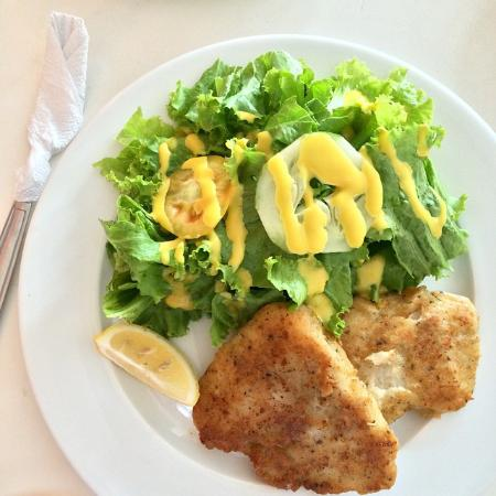 Heavenly Desserts by Dorothy: Chicken Fillet with green salad