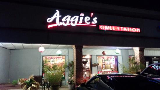 Aggie's Hot Subs