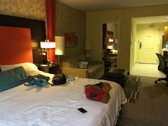 Home2 Suites by Hilton Charlotte I-77 South: clean, new & cozy!! George at the front desk was SO friendly, service is amazing! feels like ur