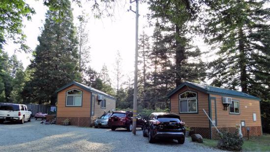 Shingletown, CA: Deluxe Cabin 5 (L5) on left; Deluxe Cabin 4 (L4) on right.