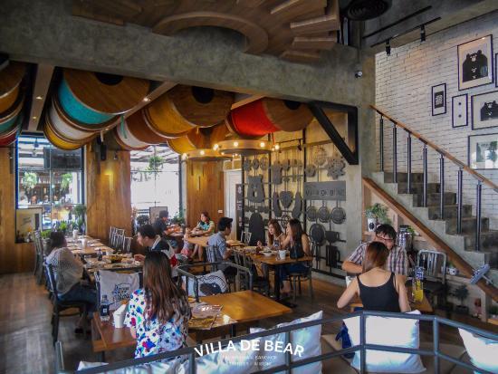 Villa De Bear Interior Dining Hall