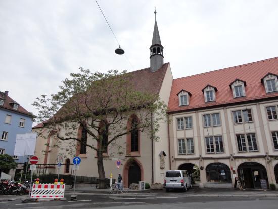 Spitalkirche: ビュルガーシュピタールの建物につながる教会