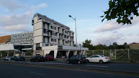 Residence amal apartment reviews price comparison for Residence bordeaux