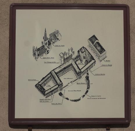 Ducal Palace: план дворца