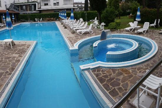Vena d'Oro Hotel Terme: Piscina 👍
