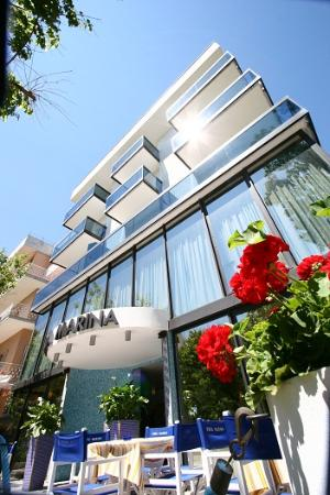 Hotel Onda Marina: facciata