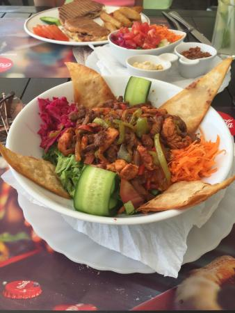 Distriktet Famagusta, Cypern: Possibly the best salad ever! Historia Salad X