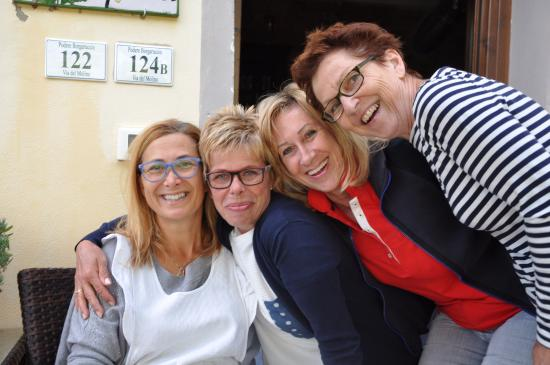 Podere Borgaruccio: Claudia und unsere Mädels