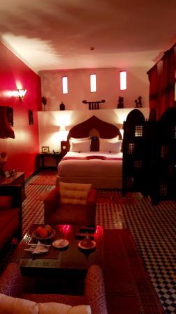 Riad Le Calife : The Ruby Room