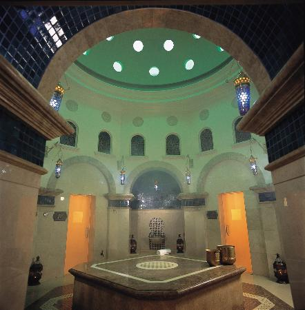 Residence & Spa at One&Only Royal Mirage Dubai: Traditional Oriental Hammam, Residence & Spa