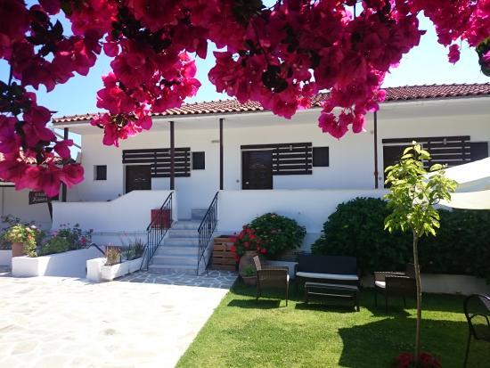 Villa Karina: Upper studios
