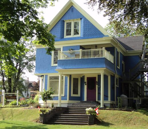 Atlantic Sojourn Bed & Breakfast: Come sojourn with us!