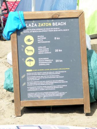 Zaton Holiday Resort: Prices for loungers, umbrellas and mats.