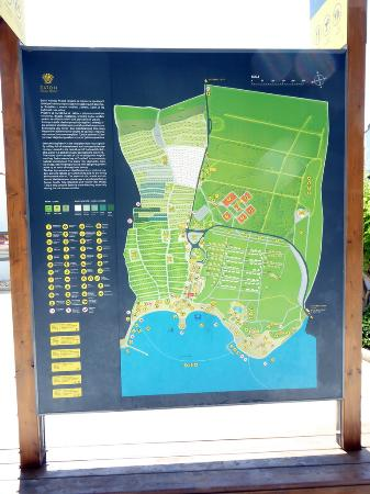 Zaton Holiday Resort: Resort plan.