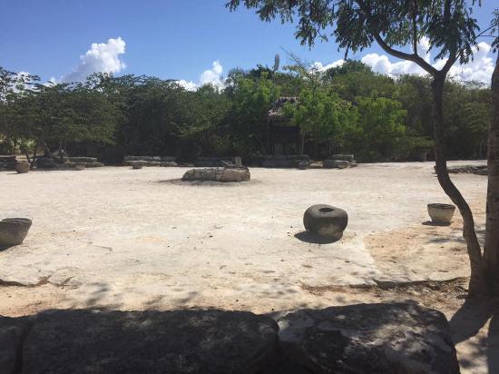Sandos Caracol Eco Resort Plaza Del Sol