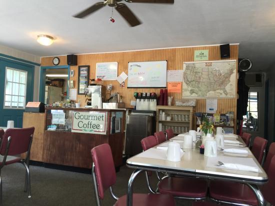 Maple City, MI: Foothills Restaurant & Motel