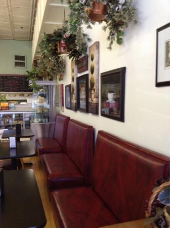 Huckleberry's Espresso & Ice Cream: photo0.jpg