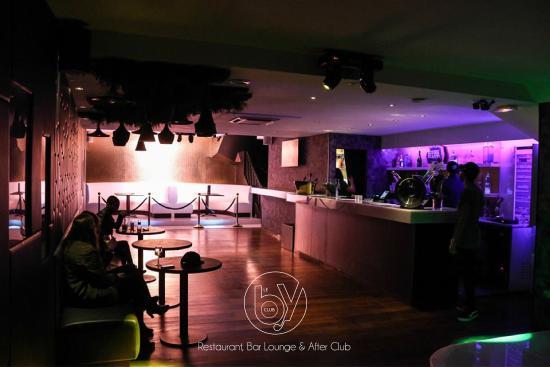 Le By Club