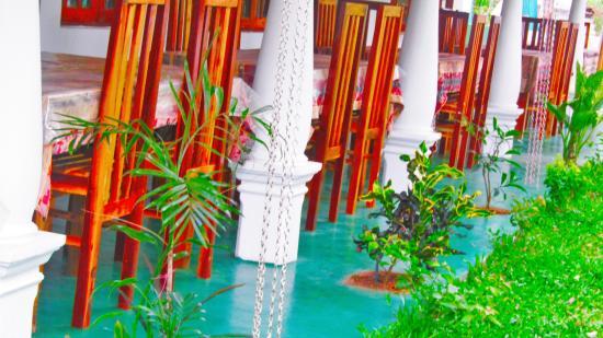Pura Sanda Villa : dining area