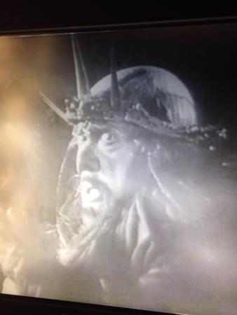Nibelungenmuseum: Auf Bildschirmen sind Sequenzen aus Fritz Langs Stummfilm zu sehen...