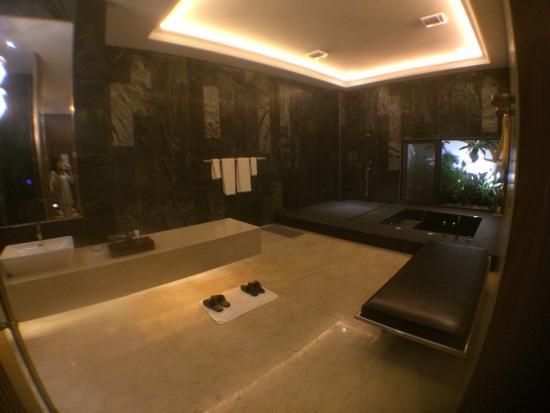Mulan Motel: photo1.jpg