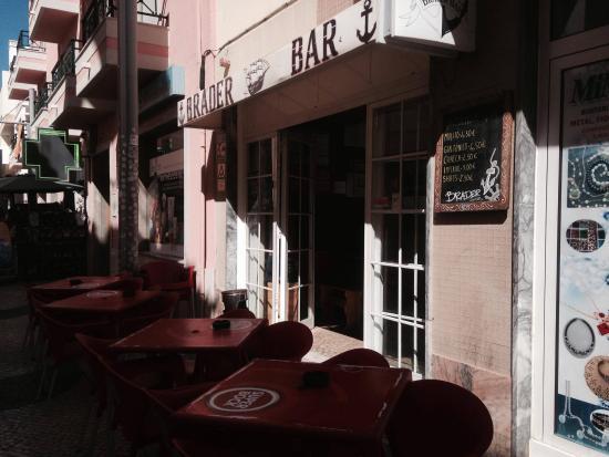 Bráder Bar