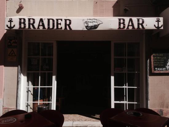 Brader Bar