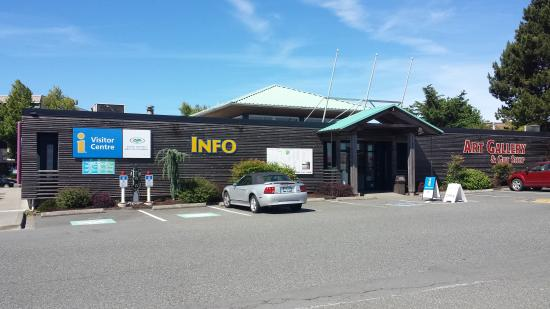 ‪Campbell River Visitor Centre‬