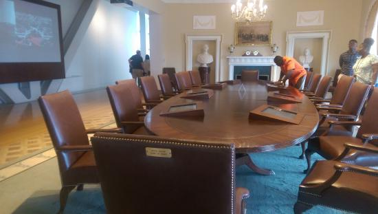 William J. Clinton Presidential Library: Replica of Cabinet Office of Clinton