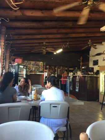 Restaurante El Correcaminos: photo2.jpg