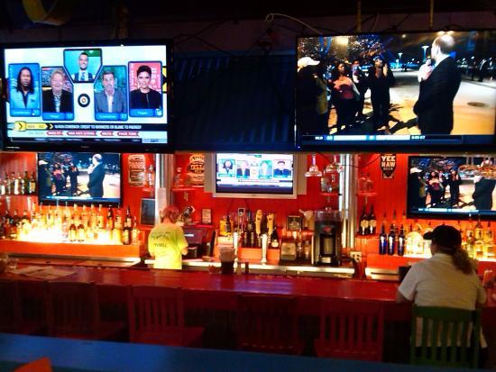 Jack's City Grill: bar