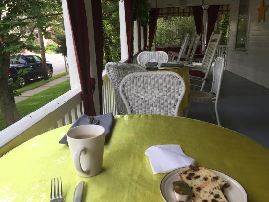 The Dormer House: Breakfasts on the porch