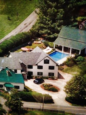 Hume, VA: Aerial of Property
