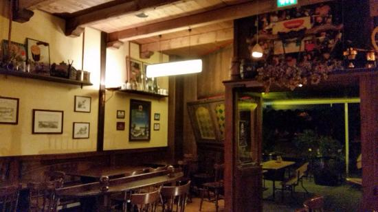 Aloisius pub reggio emilia restaurant bewertungen for Restaurant reggio emilia