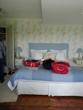Llanwrda, UK: 6' wide bed