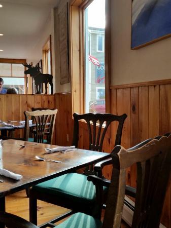 Water Street Tavern & Inn: Warm and inviting