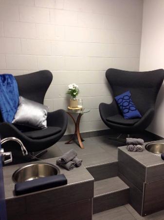 L'Ile-Perrot, Canada: Salle de pédicure en duo