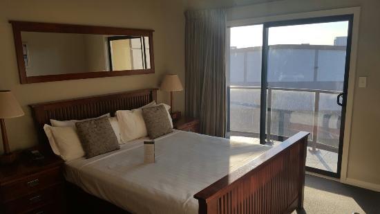 Portside Hotel: 20160604_155959_large.jpg