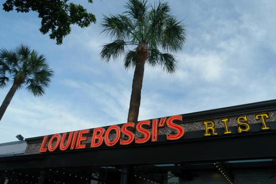 Louie Bossi S Ristorante Bar Pizzeria Italin In Fort Lauderdale