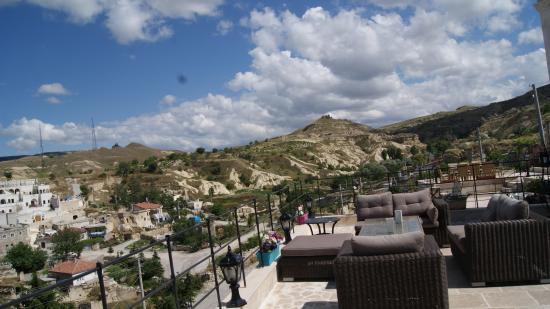 Sinasos Palace Cave Hotel: Teras