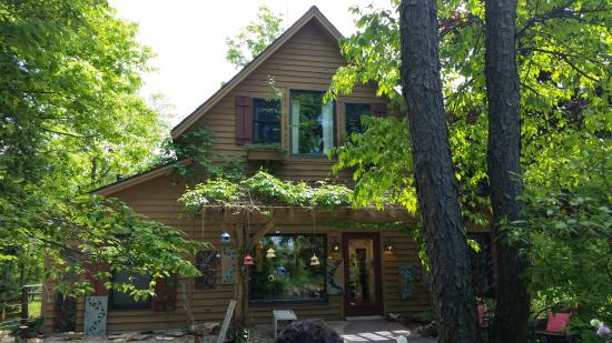 Egg Harbor, WI: A beautiful cottage in the forest is home to the gallery