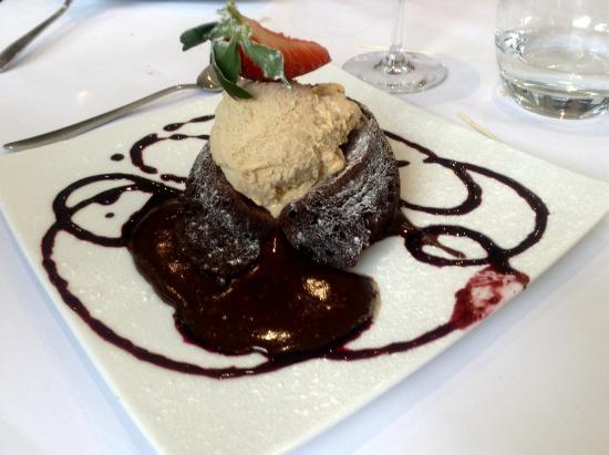 Cher, France: desssert au chocolat